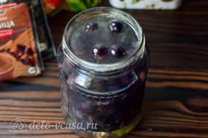 Маринованный виноград на зиму: фото к шагу 5.