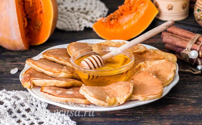 Полезные тыквенные оладьи на кефире: фото блюда приготовленного по данному рецепту