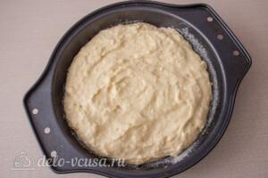 Пирог со сливами и меренгой: фото к шагу 6.