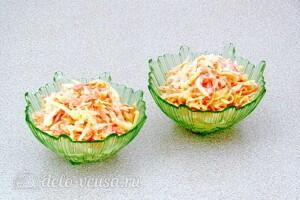 Пикантный салат из репы и сыра: фото к шагу 7.