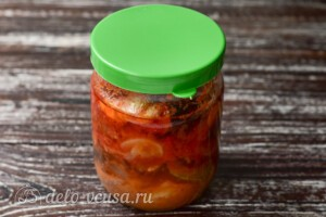Маринованная сельдь в томатном соусе: фото к шагу 7.