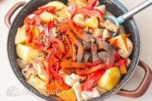 Жаркое со свининой, тыквой и овощами: фото к шагу 8.