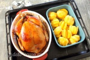 Сочная курица и картошка-гармошка: фото к шагу 11.