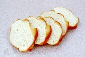 Бутерброды с киви и крабовыми палочками: фото к шагу 1.