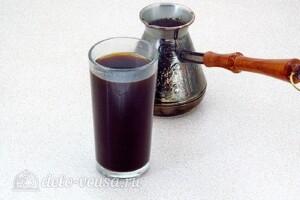 Кофе-глясе с желтками: фото к шагу 3.