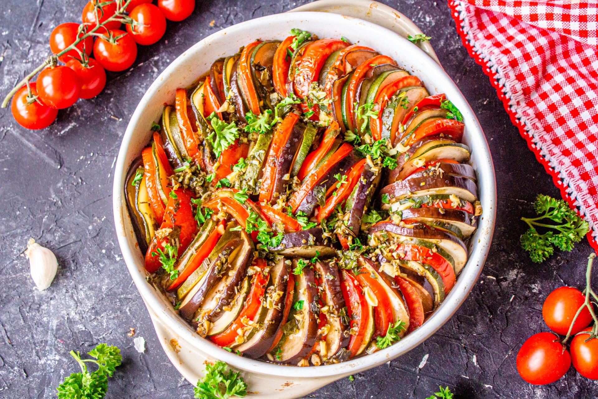 Рататуй из баклажанов и кабачков, рецепт с фото