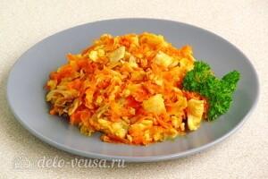 Хек с овощами и сметаной: фото к шагу 12.