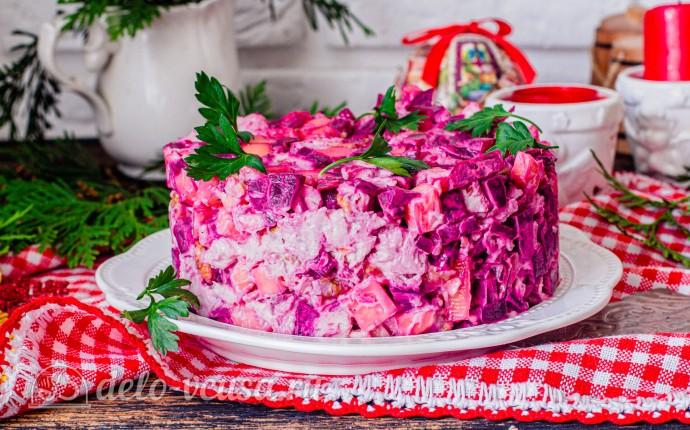 Рецепт свекольный салат с курицей и сыром