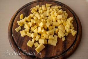 Свекольный салат с курицей и сыром: фото к шагу 3.
