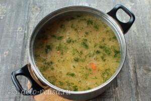 Грибной суп с перловкой: фото к шагу 8.