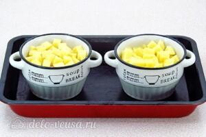 Картофель в льезоне со сметаной: фото к шагу 2.