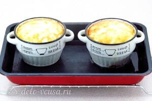 Картофель в льезоне со сметаной: фото к шагу 6.