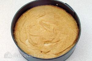 Манный бисквит с фруктовым соком: фото к шагу 9.