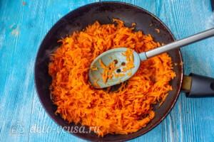 Морковный рулет со сливочным сыром: фото к шагу 2.