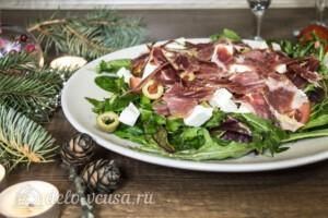 Салат с хамоном и сыром Фета: фото к шагу 5.