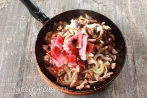 Картофельная бабка с мясом и грибами: фото к шагу 3.