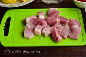 Азу из свинины с картошкой в мультиварке: фото к шагу 1.
