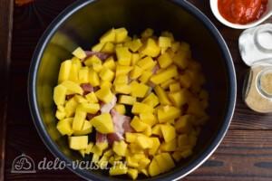 Азу из свинины с картошкой в мультиварке: фото к шагу 3.