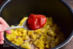 Азу из свинины с картошкой в мультиварке: фото к шагу 6.