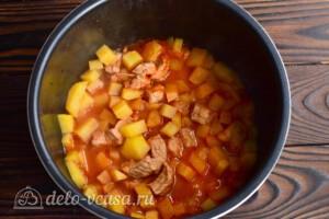 Азу из свинины с картошкой в мультиварке: фото к шагу 9.