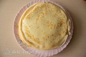 Блинный торт с печенью: фото к шагу 4.