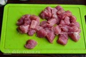 Гречневая каша со свининой в мультиварке: фото к шагу 3.