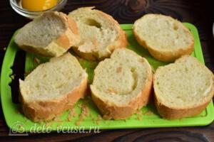Гренки с сыром по-валлийски: фото к шагу 2.
