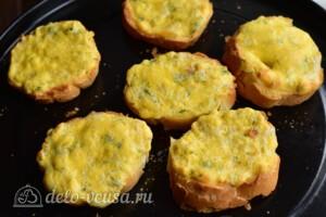 Гренки с сыром по-валлийски: фото к шагу 7.