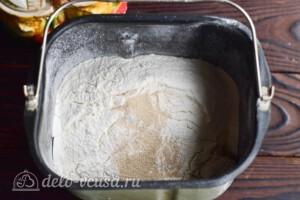 Белый хлеб на воде в хлебопечке: фото к шагу 5.