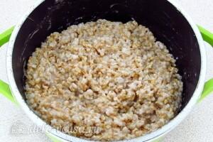 Овсяная каша из цельного зерна на воде: фото к шагу 7.