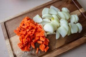 Мясные шарики с моцареллой в томатном соусе: фото к шагу 5.