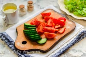 Овощной салат с индейкой: фото к шагу 2.