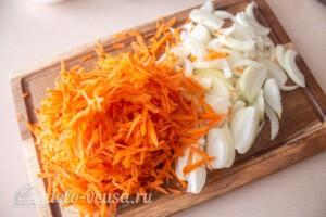 Блинный салат с куриной печенью: фото к шагу 2.