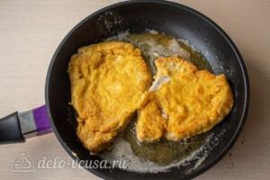 Шницель из свинины на сковороде: фото к шагу 7.
