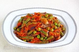 Стручковая фасоль с грибами в томатном соусе: фото к шагу 11.