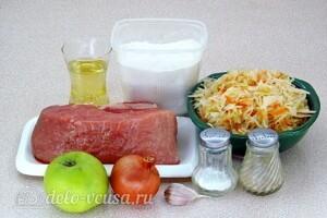 Тушеная свинина с квашеной капустой и яблоками: Ингредиенты