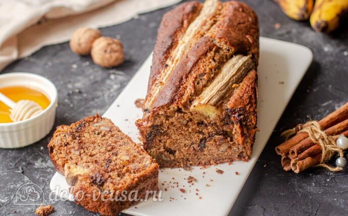 Банановый кекс с орехами и шоколадом