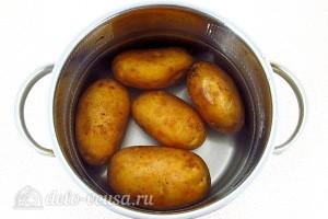 Отвариваем картошку в мундире