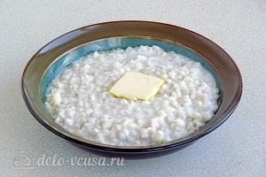 Перловая каша на молоке готова