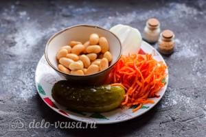 Постный салат с фасолью и соленым огурцом: Ингредиенты