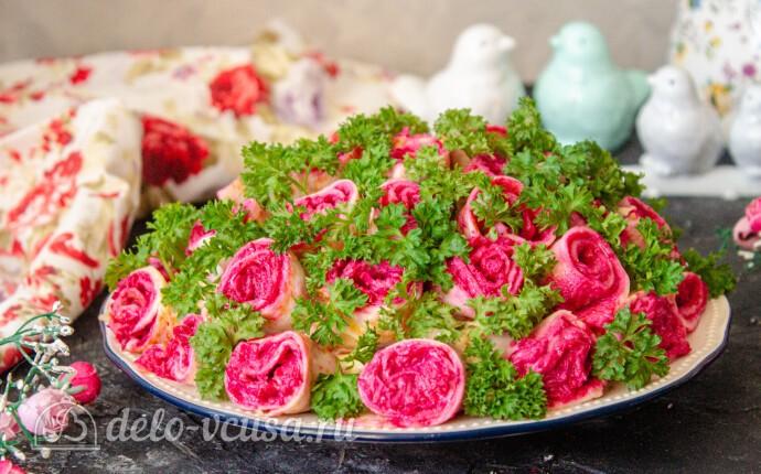 """Салат """"Букет роз"""" с сельдью: фото блюда приготовленного по данному рецепту"""