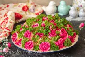 """Салат """"букет роз"""" готов"""
