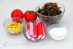 Салат из морской капусты, крабовых палочек и помидоров: Ингредиенты