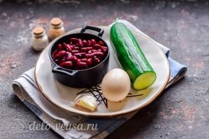 """Салат """"Пятиминутка"""" с фасолью и огурцом: Ингредиенты"""