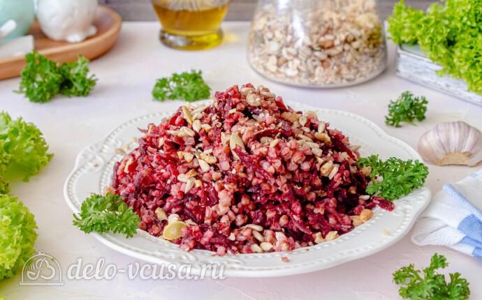 Салат из свеклы и гречки