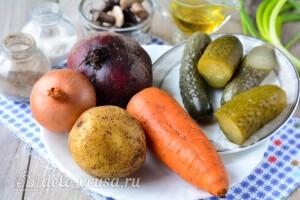 Винегрет с маринованными грибами: Ингредиенты