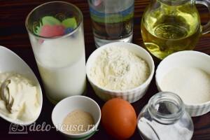 Дрожжевые заварные блины на молоке: Ингредиенты