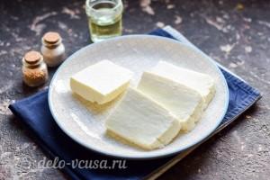 Режем сыр кусочками