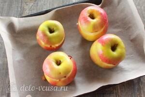 Отправляем яблоки в духовку