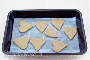 Отправляем печенье в разогретую духовку